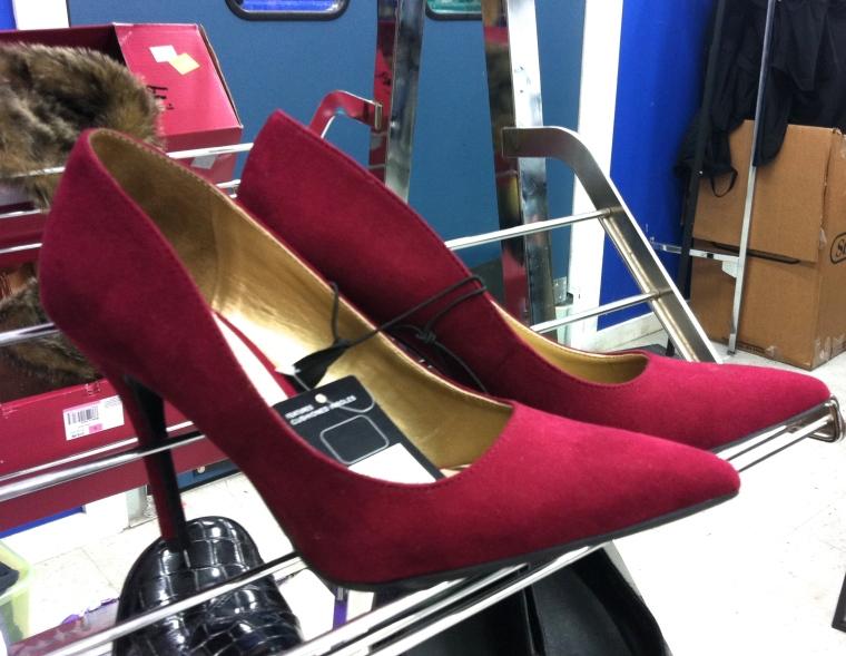 magenta heels