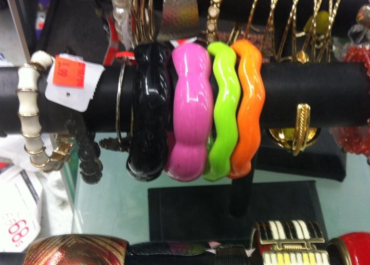 neon color bangles