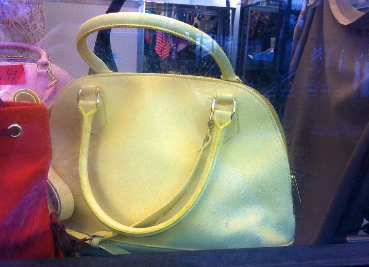 summer tote in mellow yellow