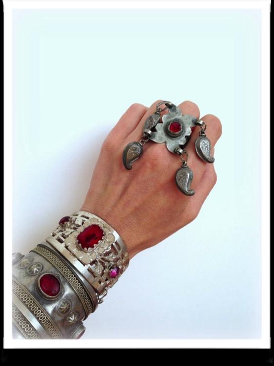 rings-bracelets-accessory-hand-2