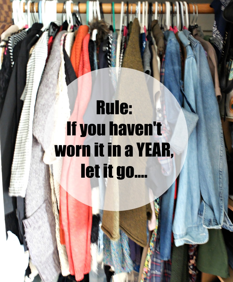Spring cleaning tips closet wardrobe cleaning a good - Cleaning out your closet ...